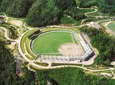 大阪ナンバーワン決定戦が開催される高槻市萩谷総合公園野球場
